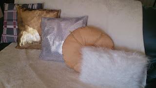 DIY...Como transformar suas almofadas...De, #artesanato #DIY #Manualidades, #casa, #Decoração,Almofadas