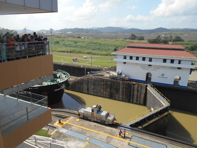 How to visit the Panama Canal