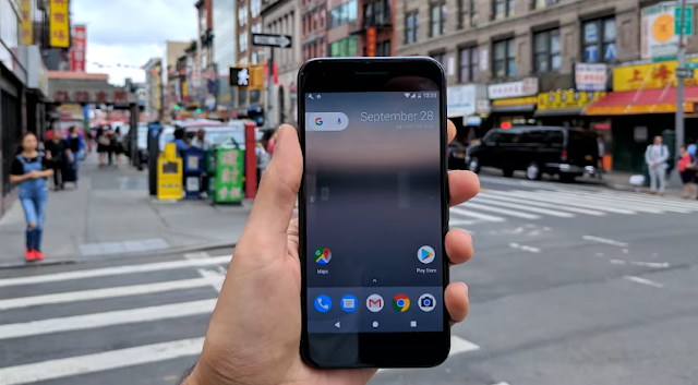 Few Google Pixel Phones facing Camera glitch
