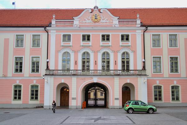 estonie tallinn vieille ville toompea château