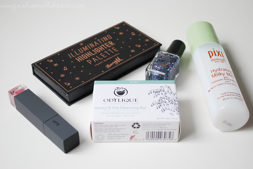 bbloggers, bbloggersca, canadian beauty bloggers, beauty blog, pixi, hydrating milky mist, barry m cosmetics, barry m, highlighting palette, nail paint, masquerade, glitter, odylique, honey and oat cleansing bar, bite beauty, amuse bouche, liquified lipstick, eclair, monthly favorites, faves