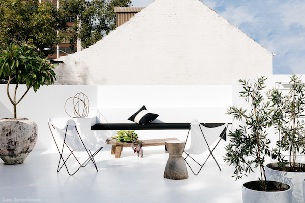 Vosgesparis a black and white house in the surry hills - Small spaces surry hills decor ...