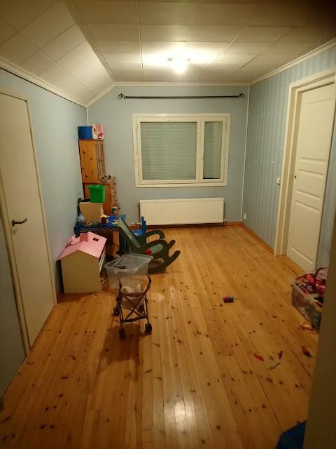 Tytön huoneen muutos