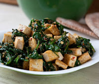 Tofu com Espinafre e Gergelim (vegana)
