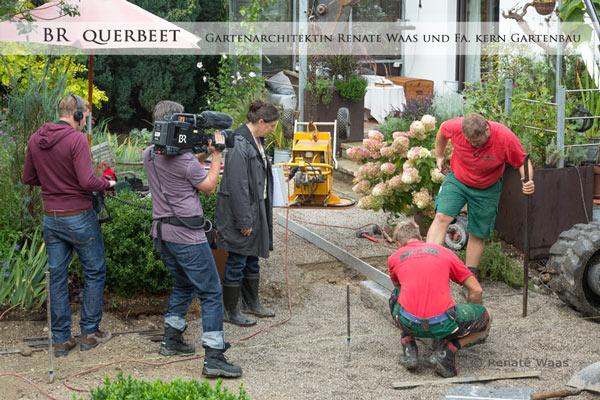 Fa. Kern, Gartenbau und Frau Waas Gartenarchitektin bei der Arbeit auf der Baustelle