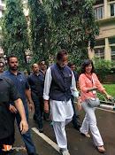 Amithab at jj hospital Maha Cleanathon-thumbnail-1