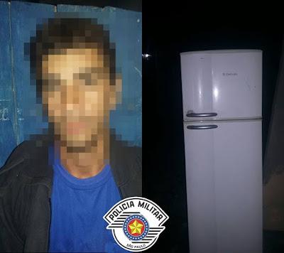 POLÍCIA MILITAR PRENDE LADRÃO DE GELADEIRA EM CANANÉIA
