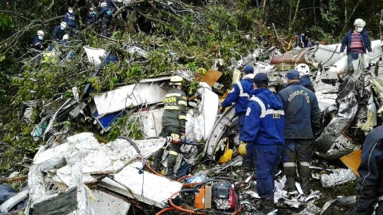 Συγκλονίζει η αεροπορική τραγωδία στην Κολομβία.Η Σαπεκοένσε άλλαξε αεροπλάνο την τελευταία στιγμή