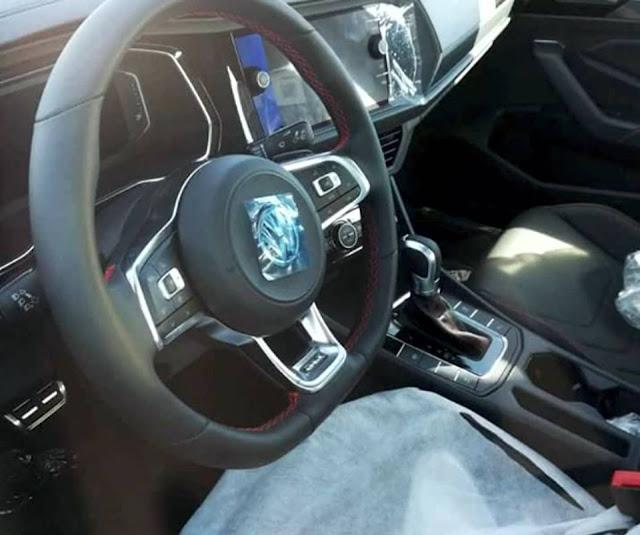 Novo VW Jetta 2.0 TSI 2020 - interior