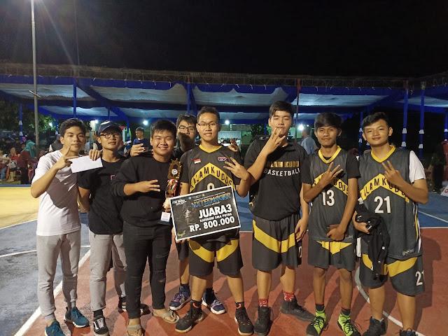 Tim Basket Putra SMA Kalam Kudus Juara 3 SMANSA CUP 2019