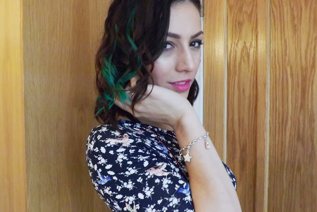 Great Lengths - Curly Green Hair
