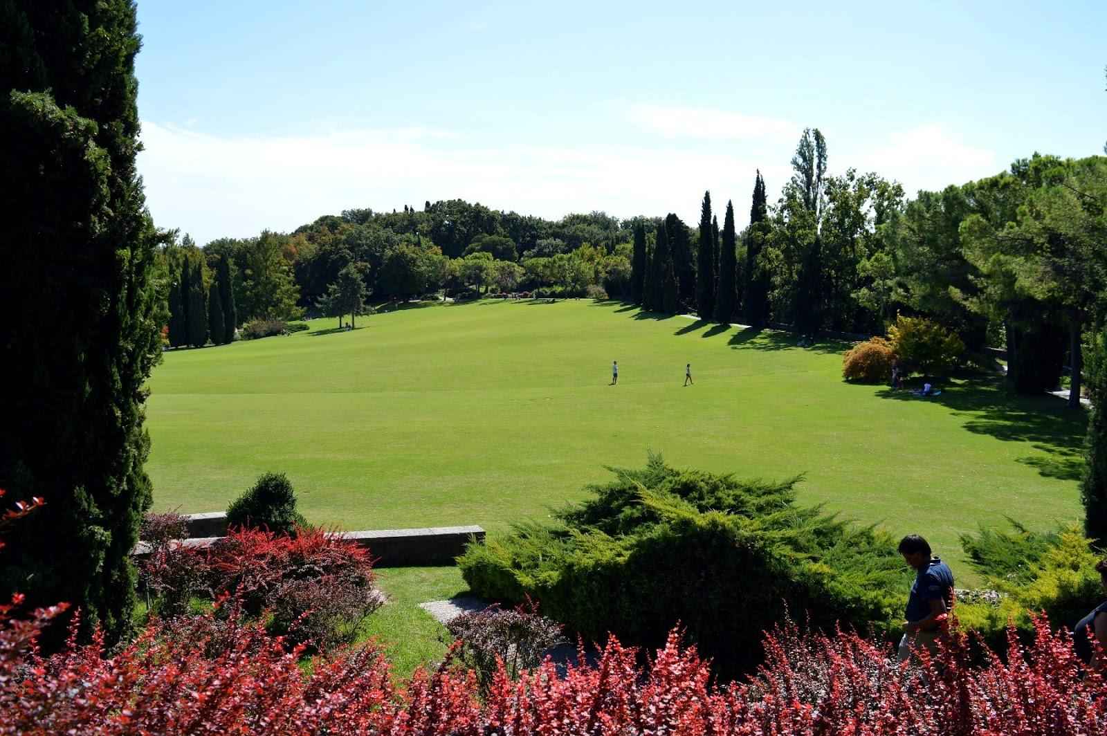 Il parco giardino sigurt camminare nel tempio della natura - Il giardino di elizabeth ...