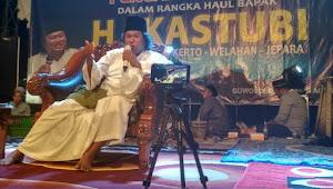 Gus Muwafiq: Haramkan Haul Ngajak Umat Islam Tidak Rukun
