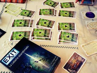 Exit scaperoom Devir juego de mesa cabaña abandonada