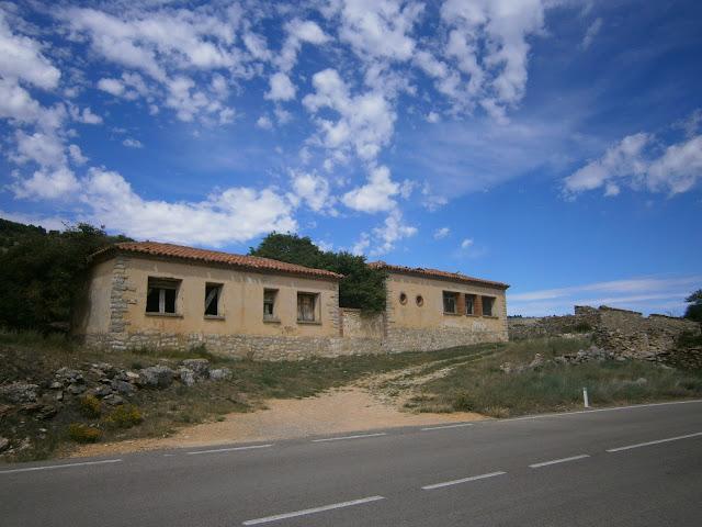 La antigua escuela del Cañigral