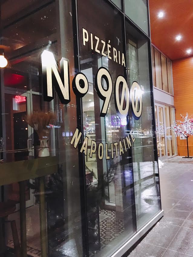 Pizzeria No. 900 in Montréal, Canada