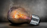 FACUA denuncia que la luz acumula siete meses de subidas, que han encarecido el recibo un 28%