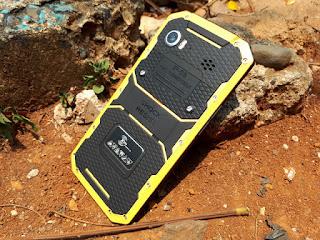 Hape Outdoor Ken Mobile W8 Seken 4G LTE RAM 2GB IP68 Certified Mulus Normal