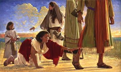 TOCAR EL MANTO DE JESÚS O TOCAR A JESÚS