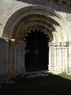 Portada de la iglesia