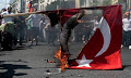 Οργή στην Άγκυρα για το κάψιμο τουρκικής σημαίας στην Αθήνα