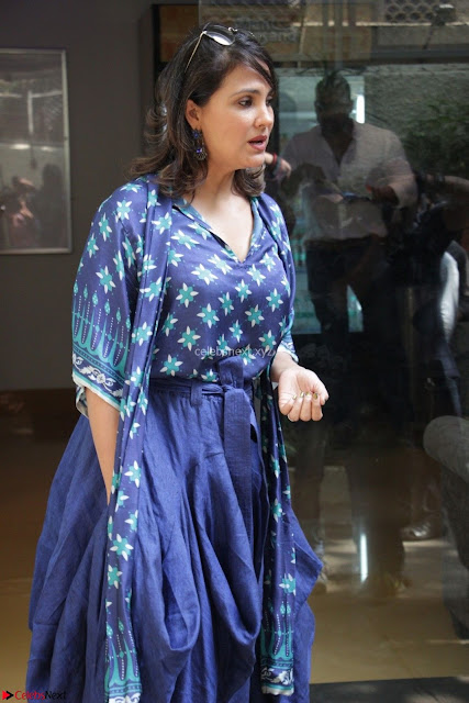 Lara Dutta (2) at special Screening of Movie A Dogs Purpose.JPG