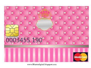 Tarjeta con forma de Visa de Corona Dorada en Fondo Rosa con Brillantes.