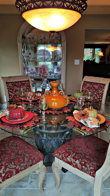 fall colors, tablescapes with pumpkin soup bowls