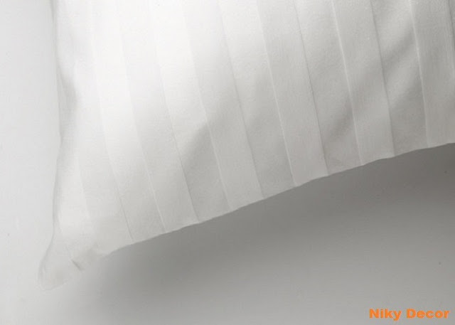 Producator lenjerii de pat - damasc - satinat - in dungi albe