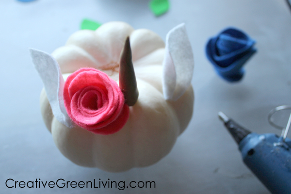 How to add unicorn ears and flowers to a unicorn pumpkin craft
