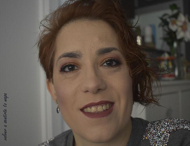 Maquillaje sencillo y rápido en tonos bronce, granate y ciruela