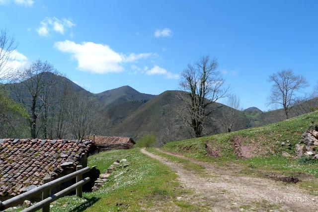 Collada del Corralín - Sierra de Pesquerín - Asturias