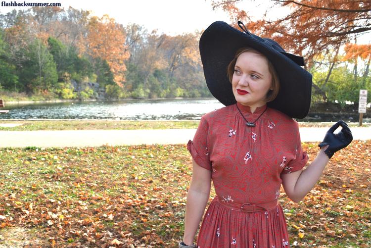Flashback Summer: 1940s Desert Nomad vintage Dress - novelty print