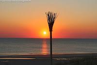 Romantischer Sonnenuntergang auf Sylt am Strand in Rantum