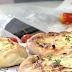 O Λάμπρος Βακιάρος φτιάχνει ανοιχτή τυρόπιτα με θυμάρι (video)