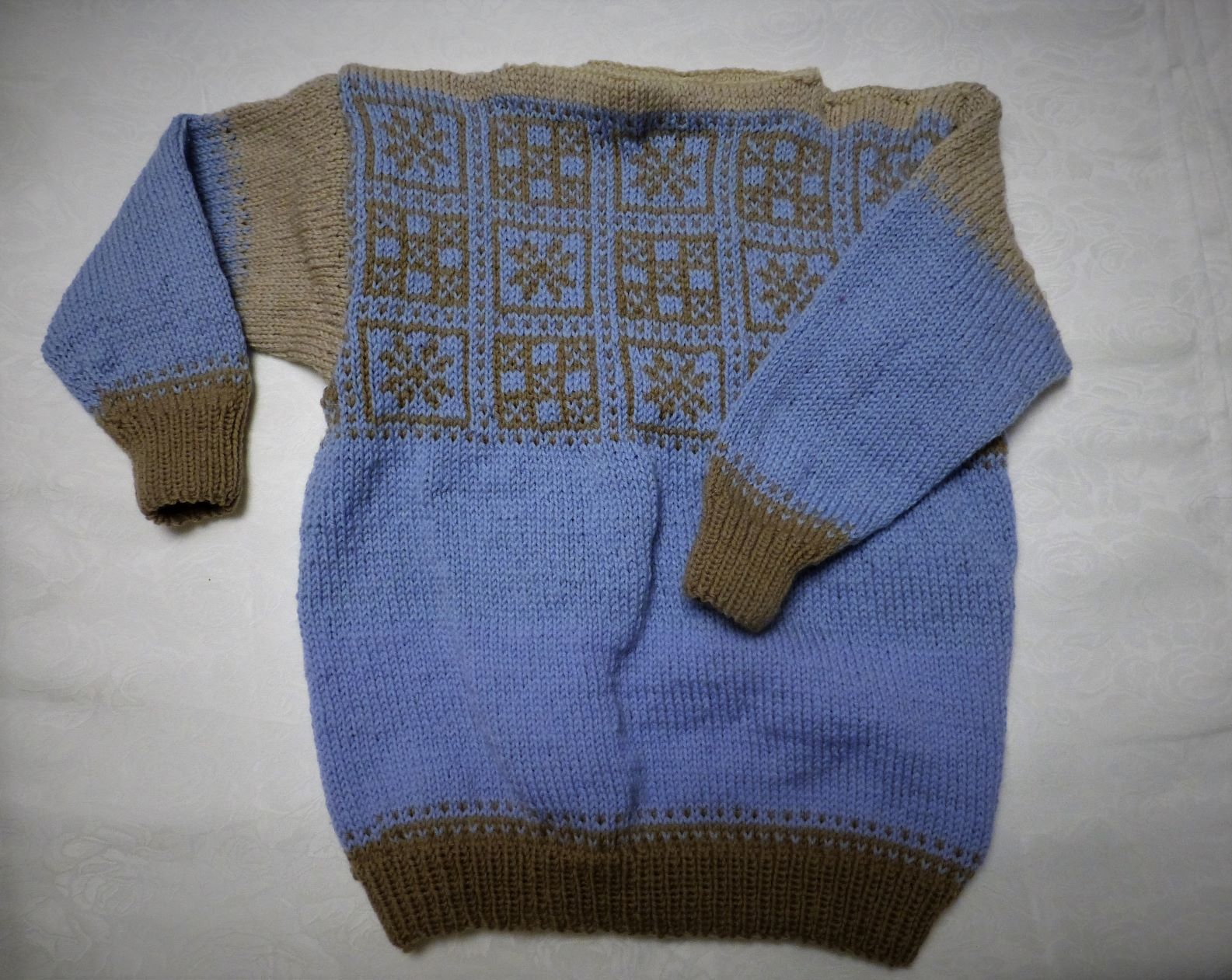 Osterdalsbrura Traditional Norwegian Knitted Sweater