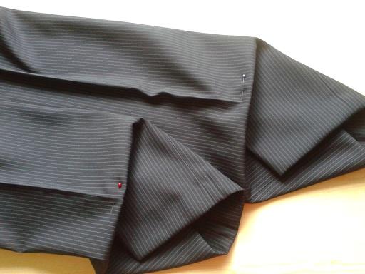 Jak Dobrze Podwijać Rękawy Koszuli I Nogawki Spodni? Trzy