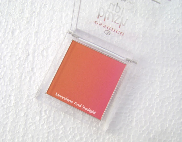 Essence HEAT WAVE | Blush Up! powder blush review