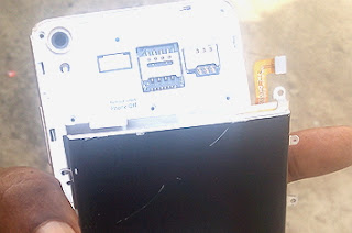 replacing-Infinix-Hot-Note-non-removable-battery