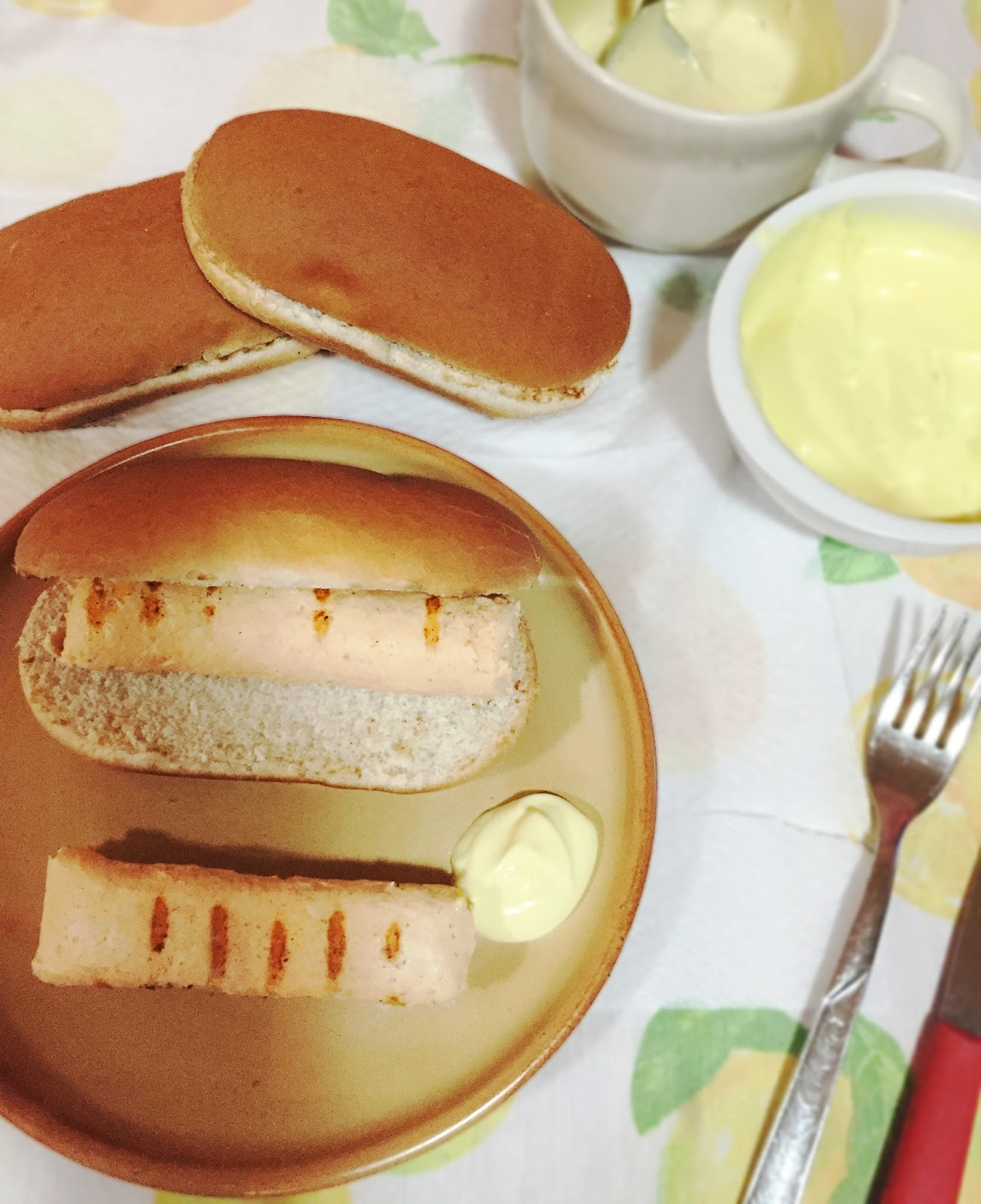 Trucchi e consigli hot dog perfetto con i wurstel fatti for Cucinare hot dog