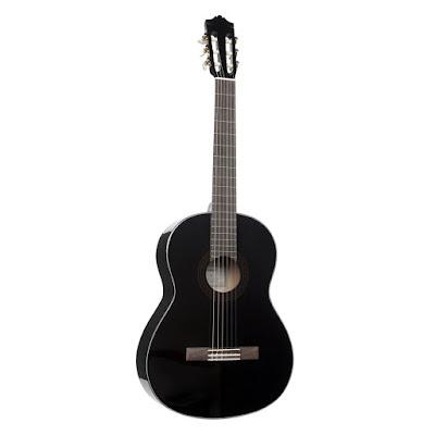 Đàn guitar classic Yamaha C40//02 hiện nay giá bao nhiêu