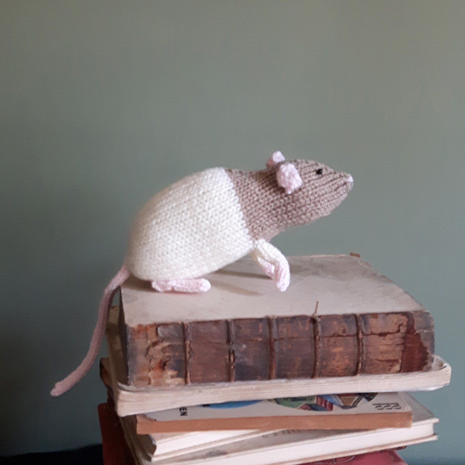 Knit for Victory: Knitted rats