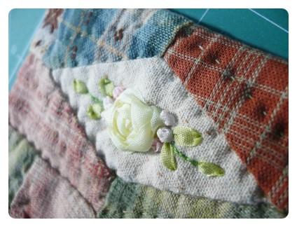 Purse Patchwork embroidered ribbons. Простой Кошелек пэтчворк с вышивкой лентами