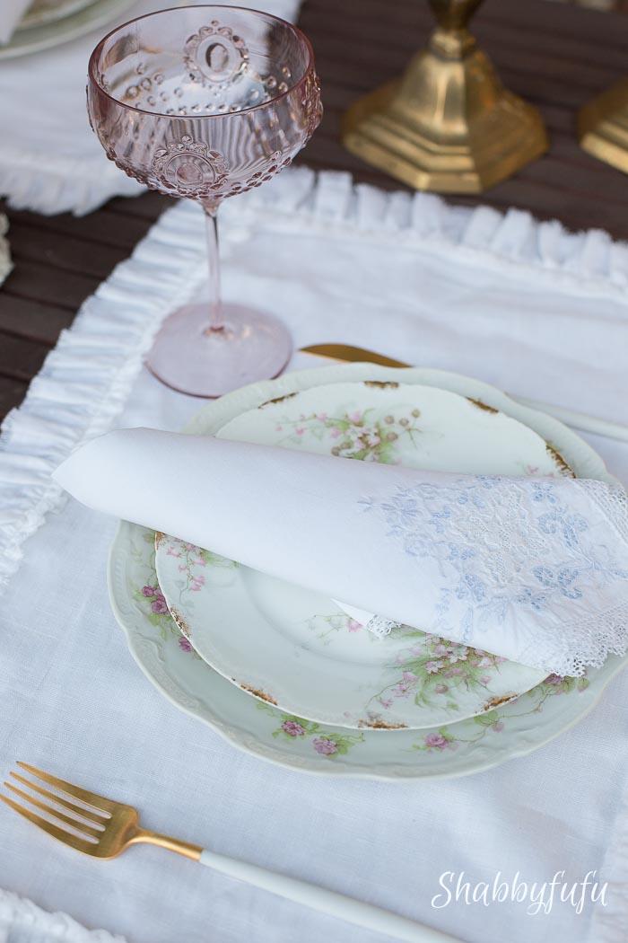 pink-acrylic-wine-coupe