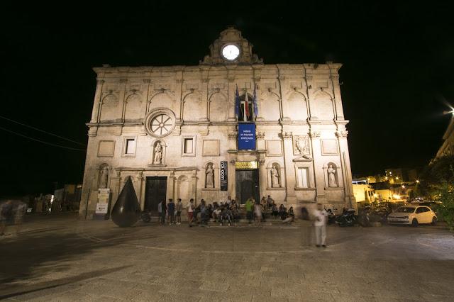 Foto notturne di Matera-Palazzo Lanfranchi