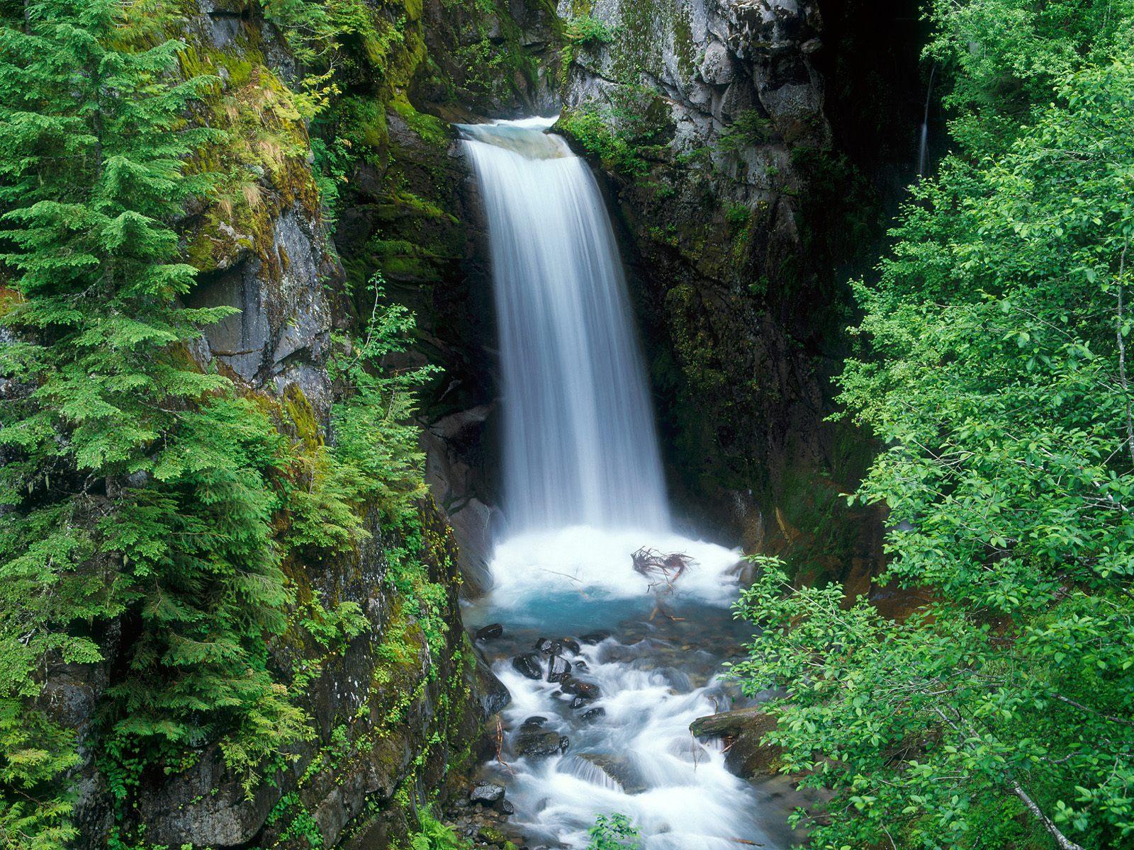 Pemandangan Air Terjun 3 Dunia Pengetahuan