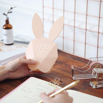 Rabbit Alarmclock and Temperature Digital Display