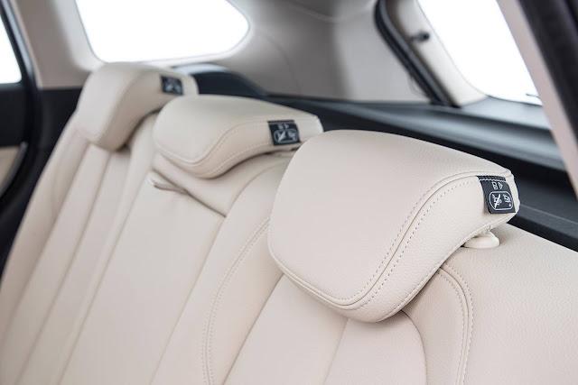 Novo BMW X1 2016 - interior bege