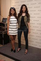 Amyra Dastur Looks Super cute At Denim Atelier (9).JPG