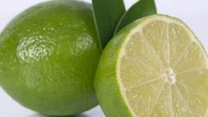 perasan jeruk nipis ampuh mengatasi bau badan
